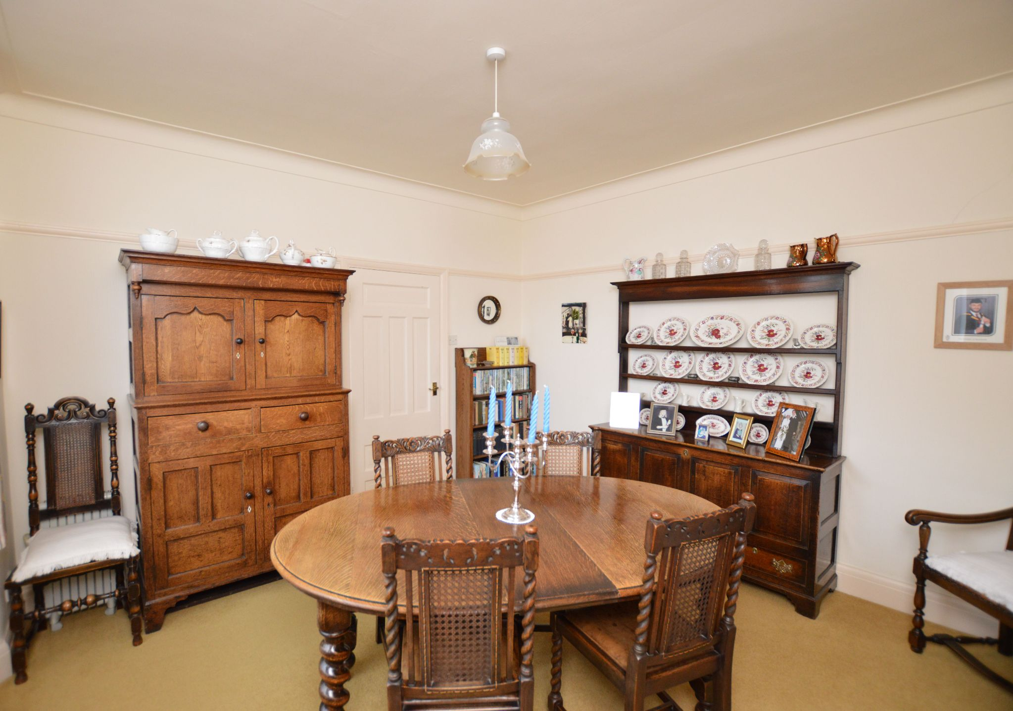 4 bedroom detached house For Sale in Abergele - Diner/Bedroom 4 View 2