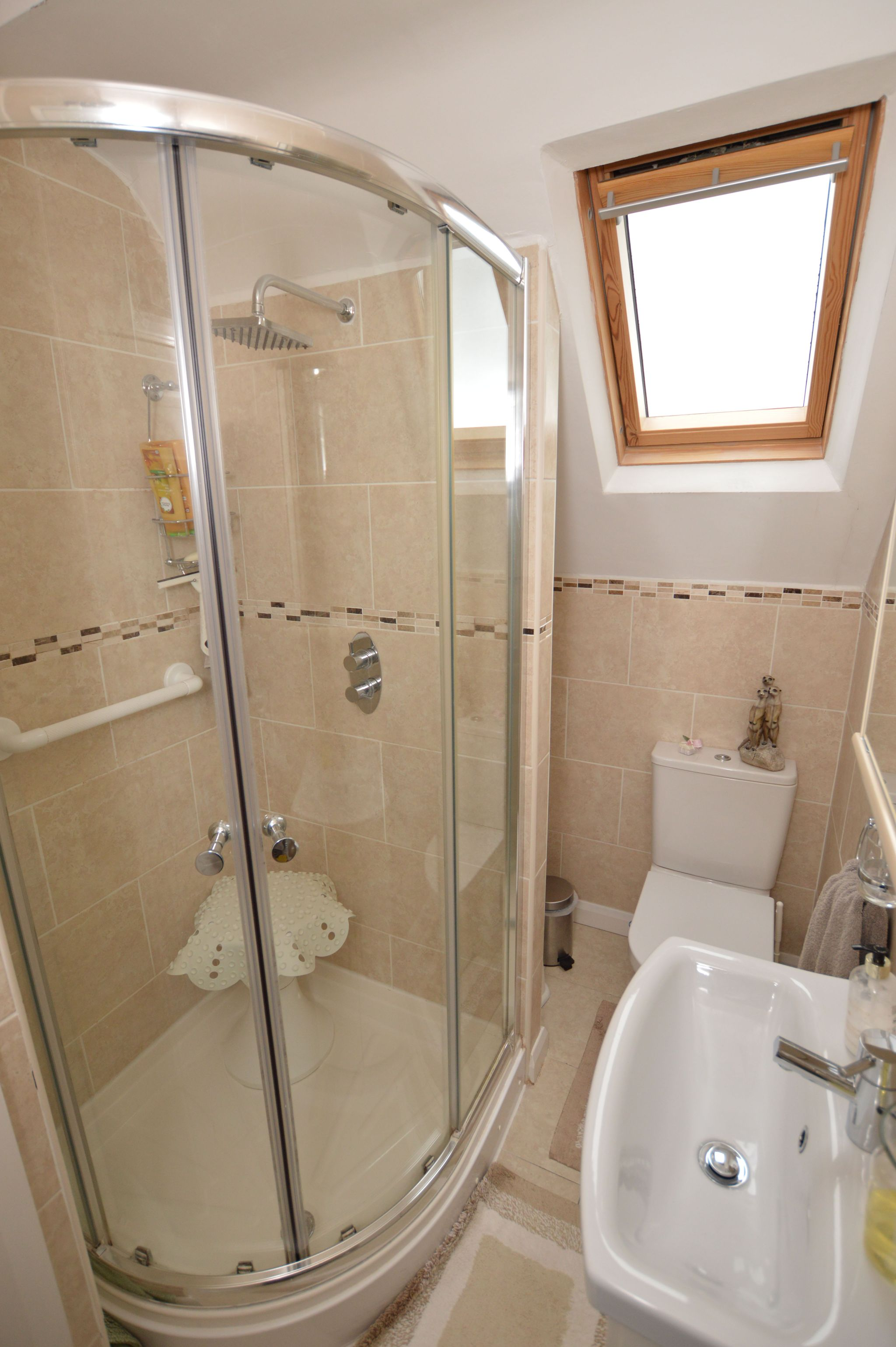 4 bedroom detached house For Sale in Abergele - First Floor Shower Room