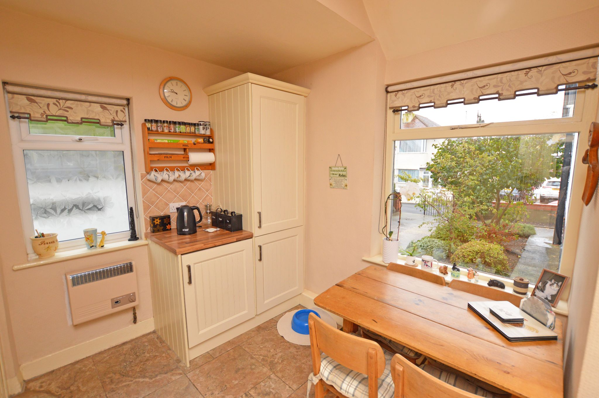 4 bedroom detached house For Sale in Abergele - Kitchen/Breakfast Area