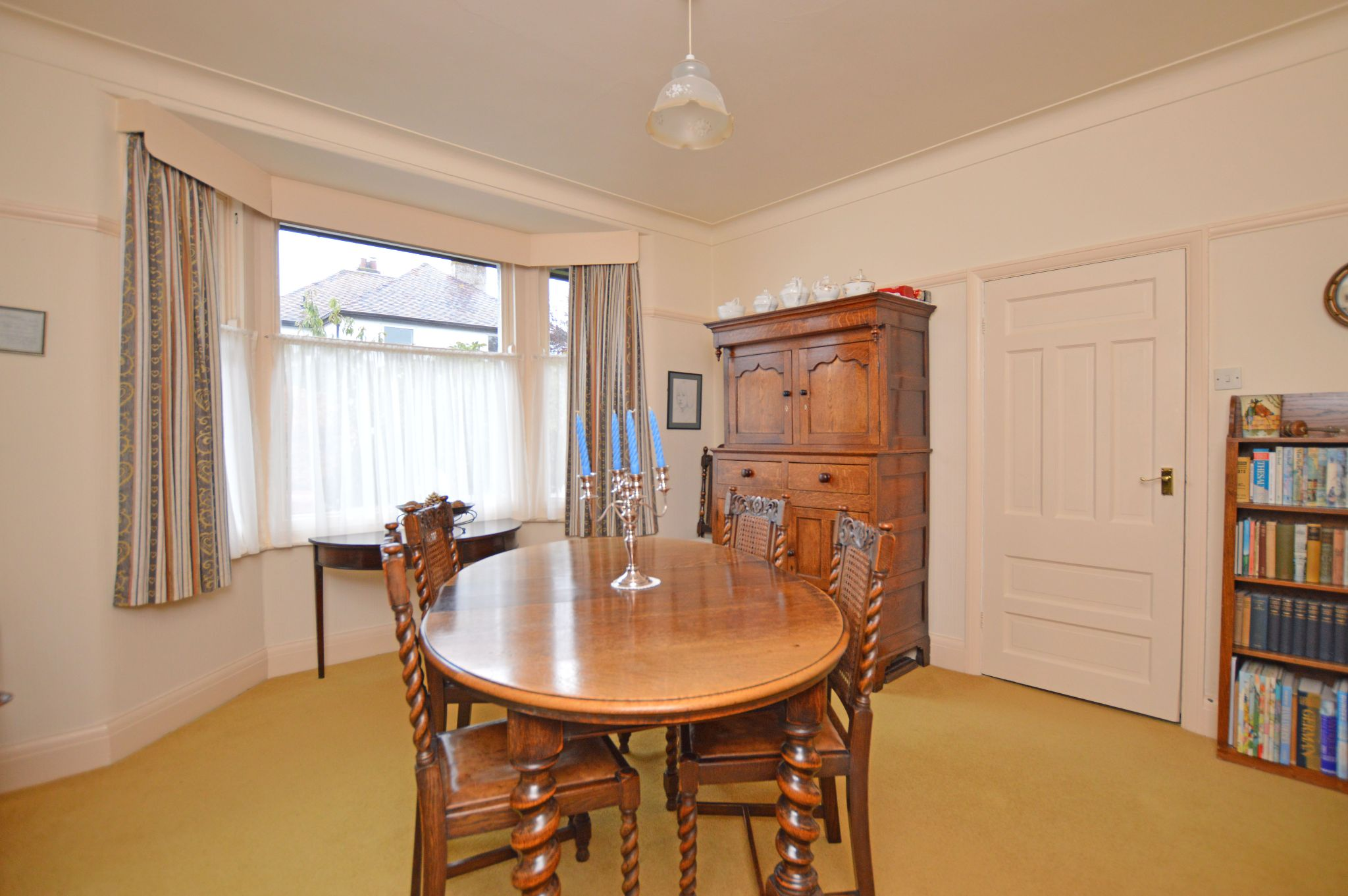4 bedroom detached house For Sale in Abergele - Diner/Bed 4 View 3