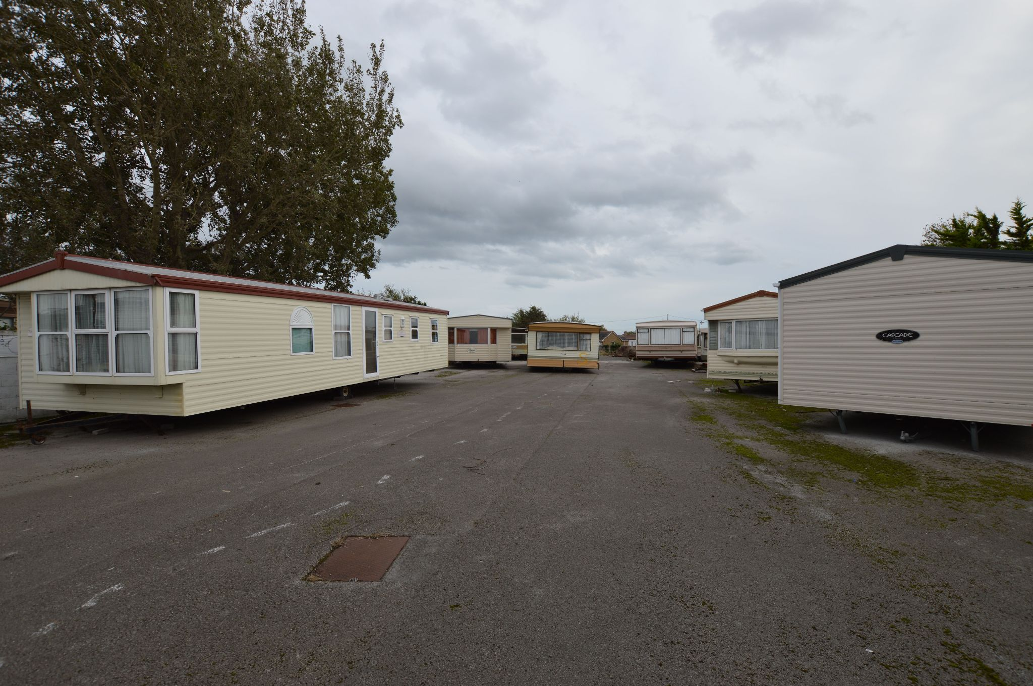 Office For Sale in Towyn - Lot