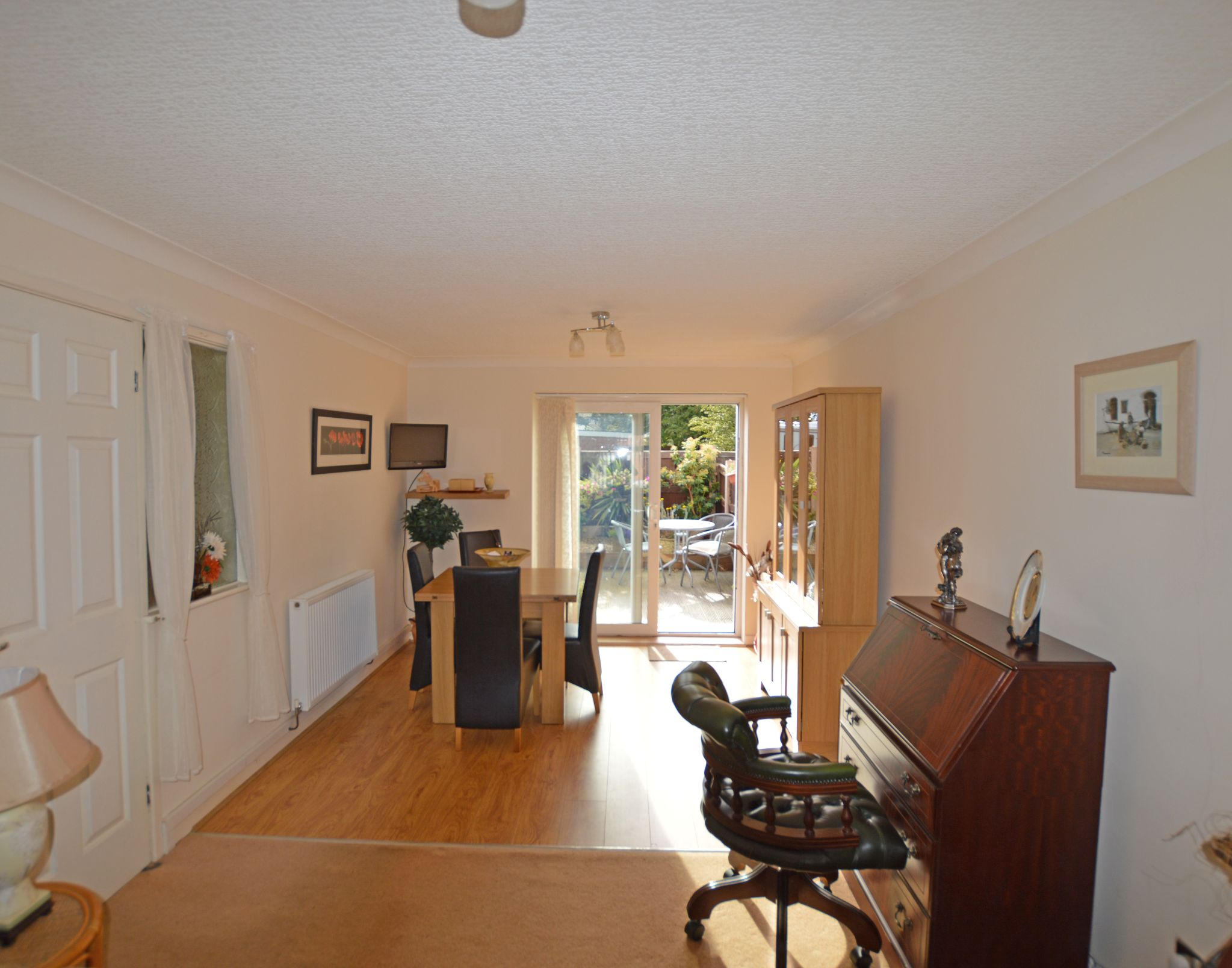 1 bedroom maisonette flat/apartment Under Offer in Abergele - Lounge View 3