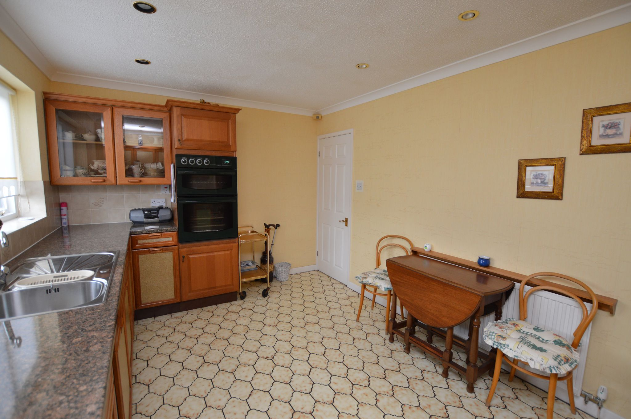 4 bedroom detached house For Sale in Abergele - Kitchen View 3