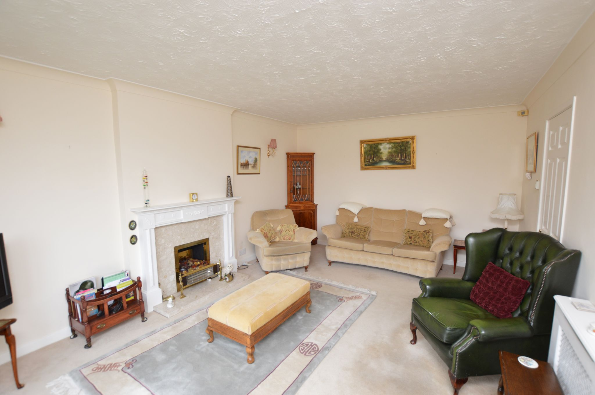 4 bedroom detached house For Sale in Abergele - Lounge View 3