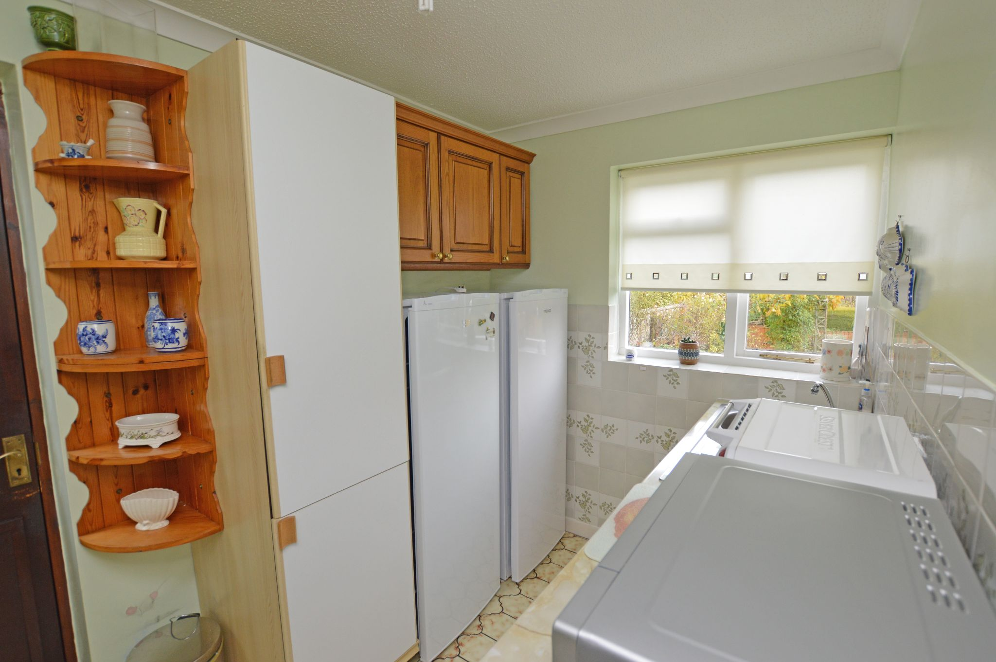 4 bedroom detached house For Sale in Abergele - Utility