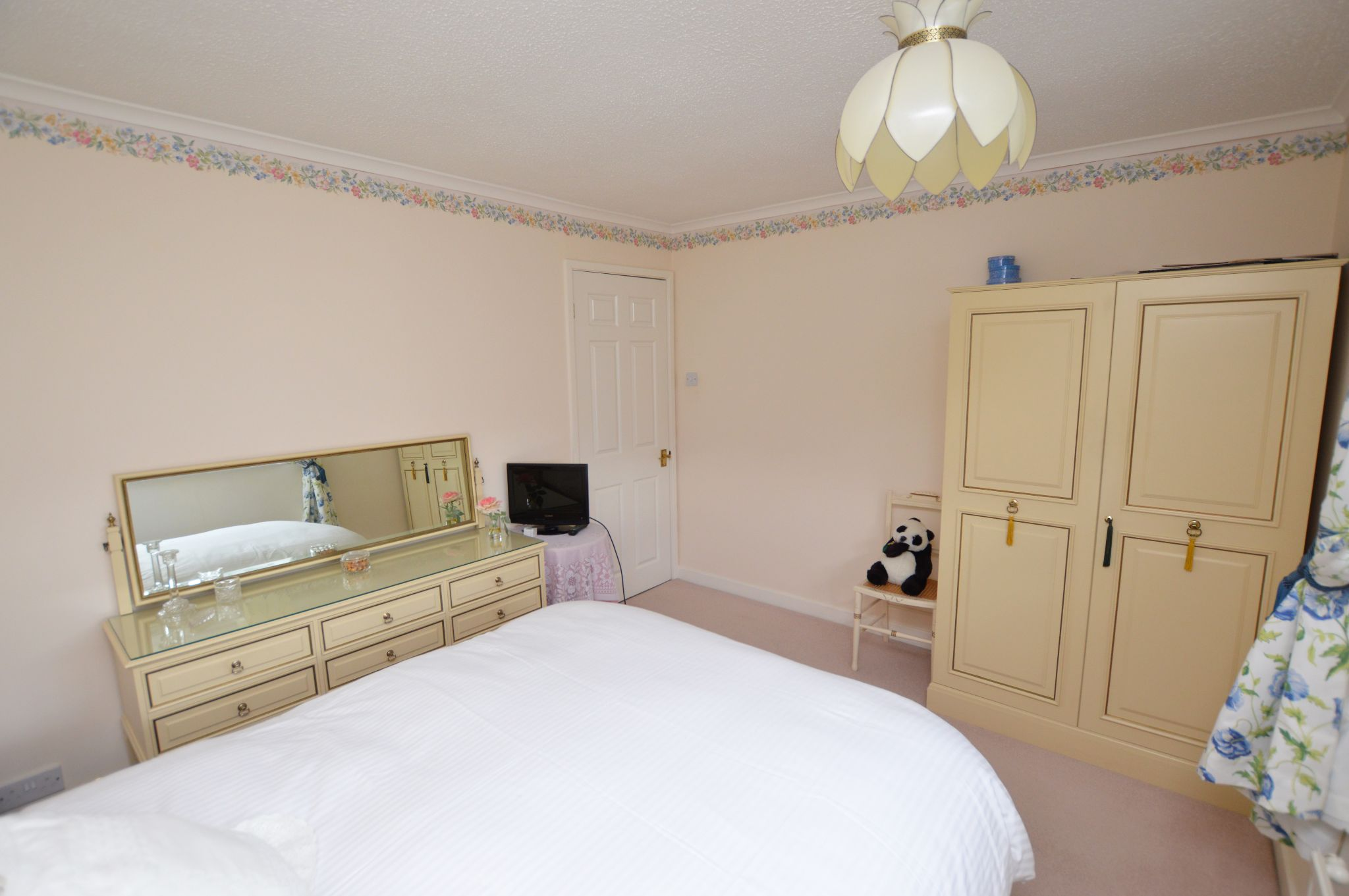 4 bedroom detached house For Sale in Abergele - Bedroom 3 View 3