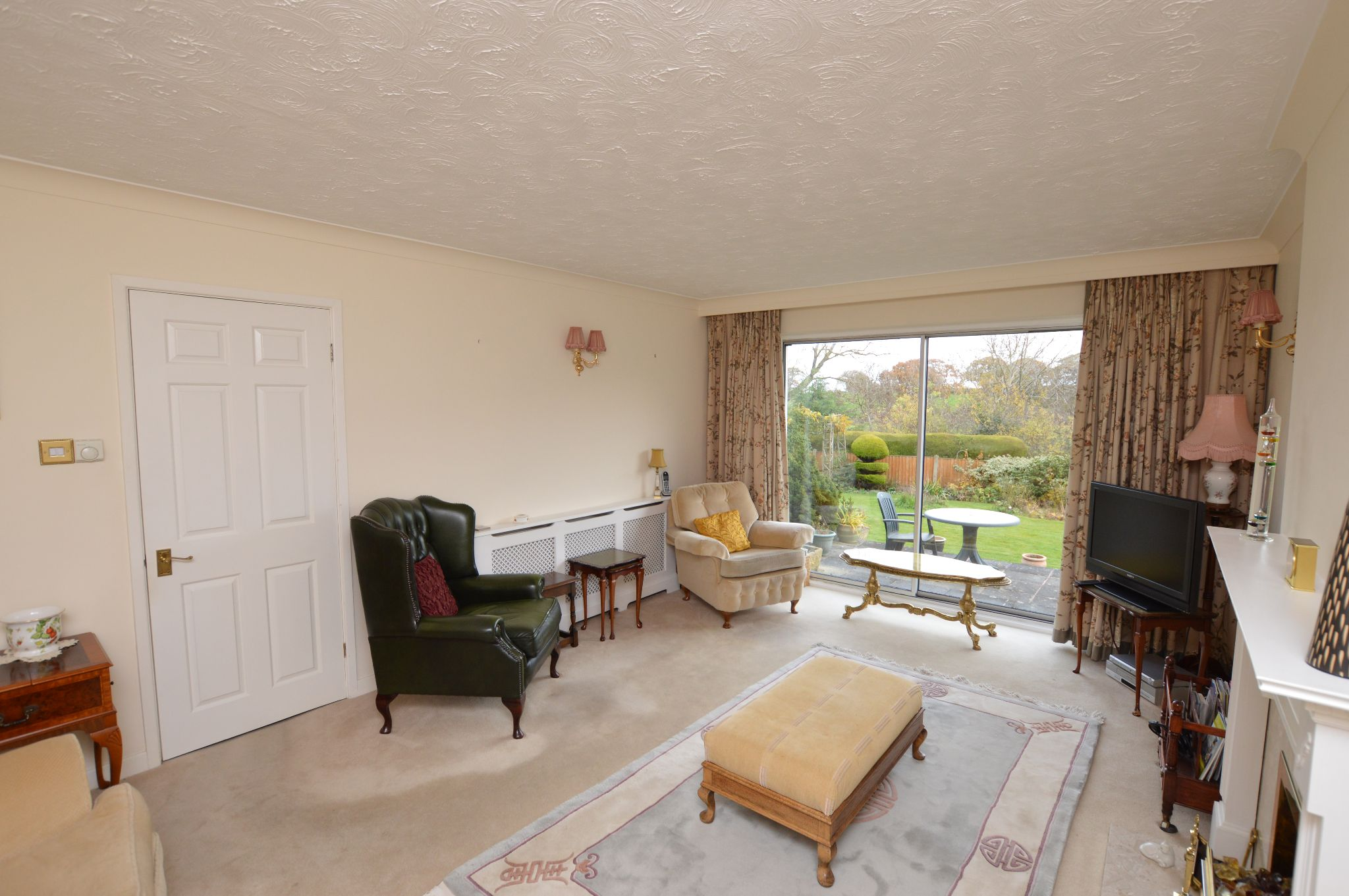 4 bedroom detached house For Sale in Abergele - Lounge View 2