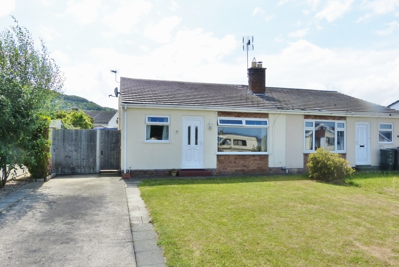 2 bedroom bungalow SSTC in Abergele - Main Image