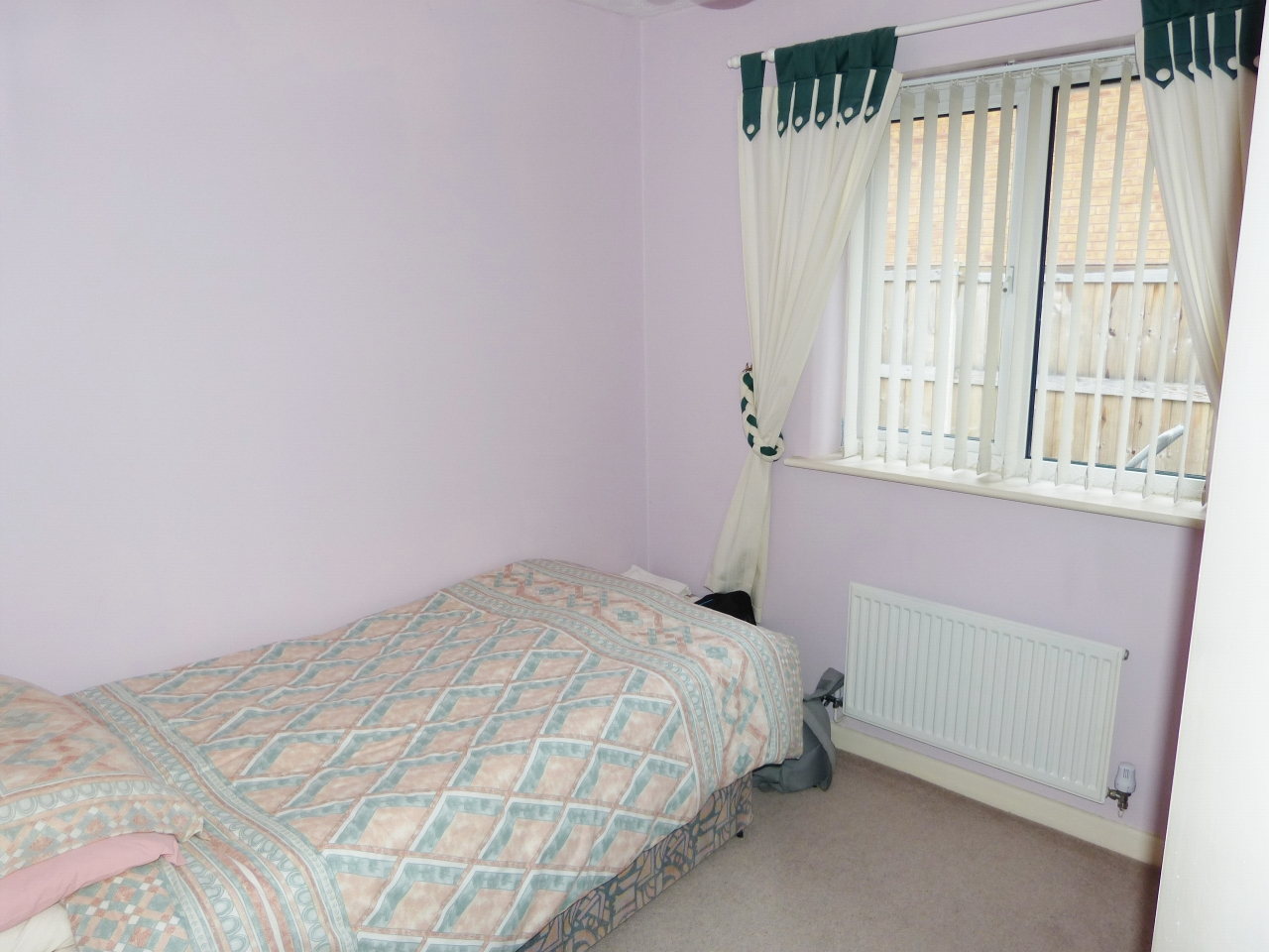3 bedroom detached bungalow For Sale in Abergele - Photograph 9