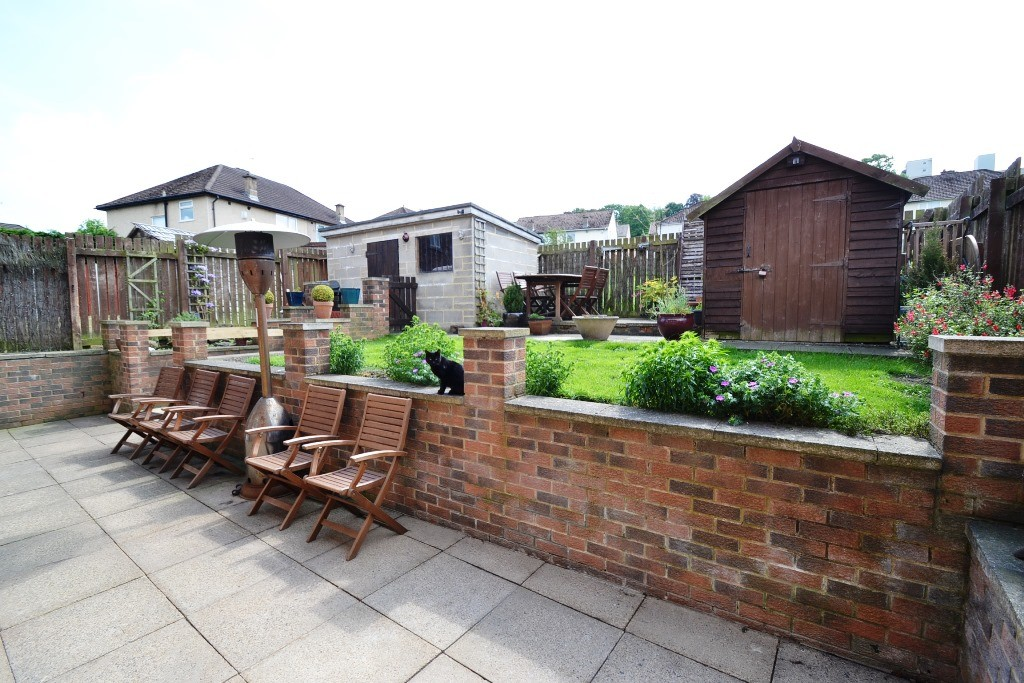 3 Bedroom Semi-detached House For Sale - 18