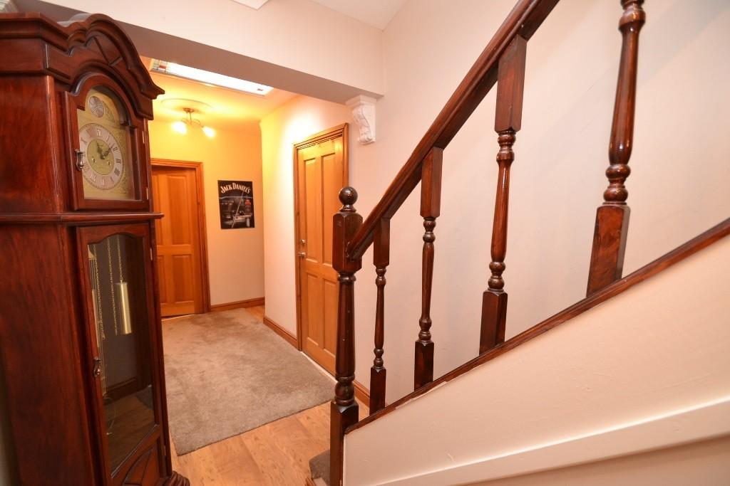5 Bedroom Detached House For Sale - 6