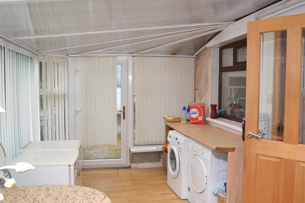 5 Bedroom Detached House For Sale - 3