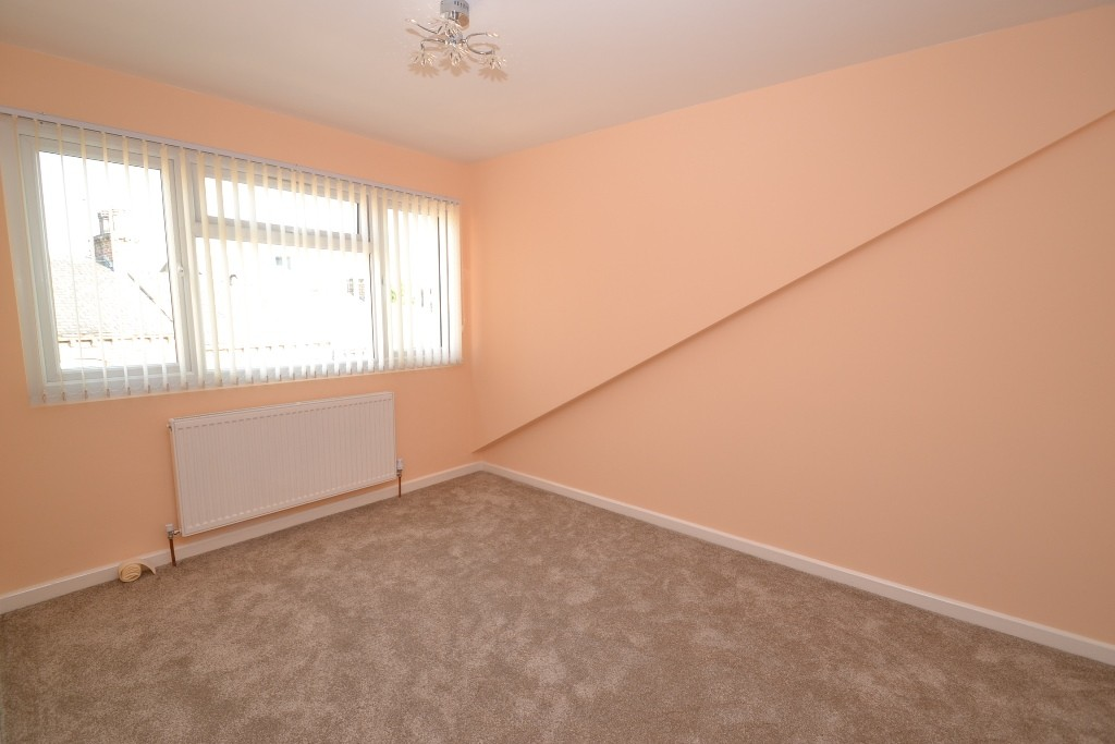 4 Bedroom End Terraced House For Sale - Photograph 15
