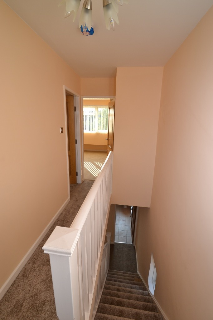 4 Bedroom End Terraced House For Sale - Photograph 13