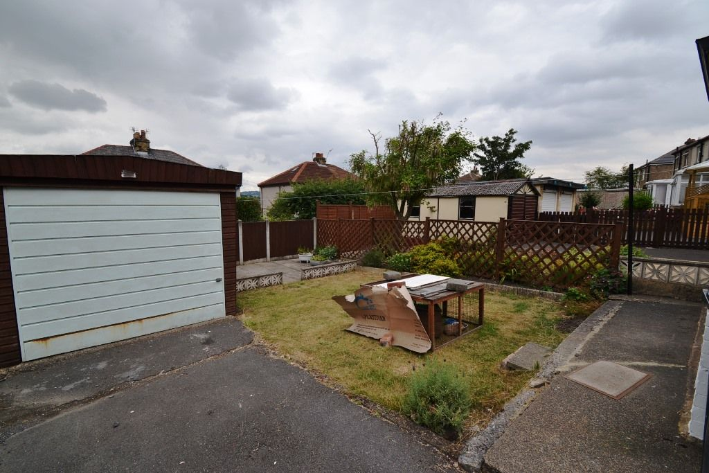 2 Bedroom Semi-detached House For Sale - Photograph
