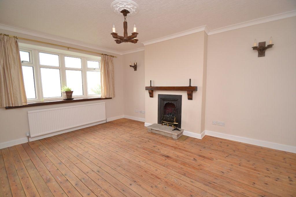 2 Bedroom Semi-detached Bungalow For Sale - Photograph 2