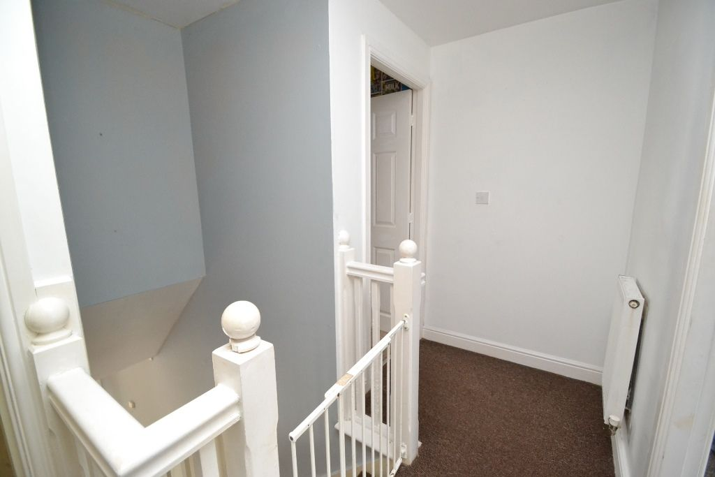 3 Bedroom Mews House For Sale - Photograph 5