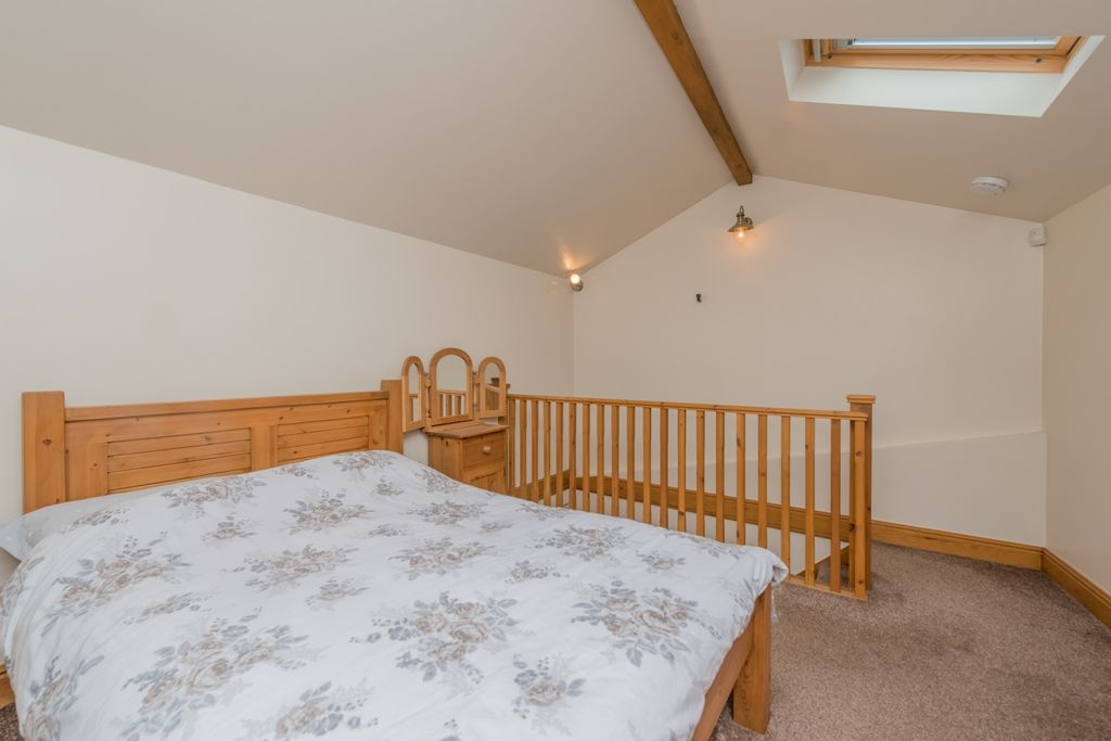 4 Bedroom Cottage House For Sale - Photograph 26