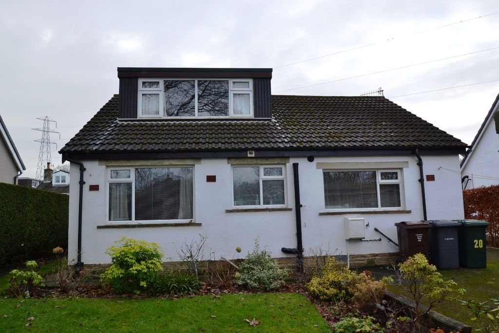 2 Bedroom Detached Bungalow For Sale - Photograph 12