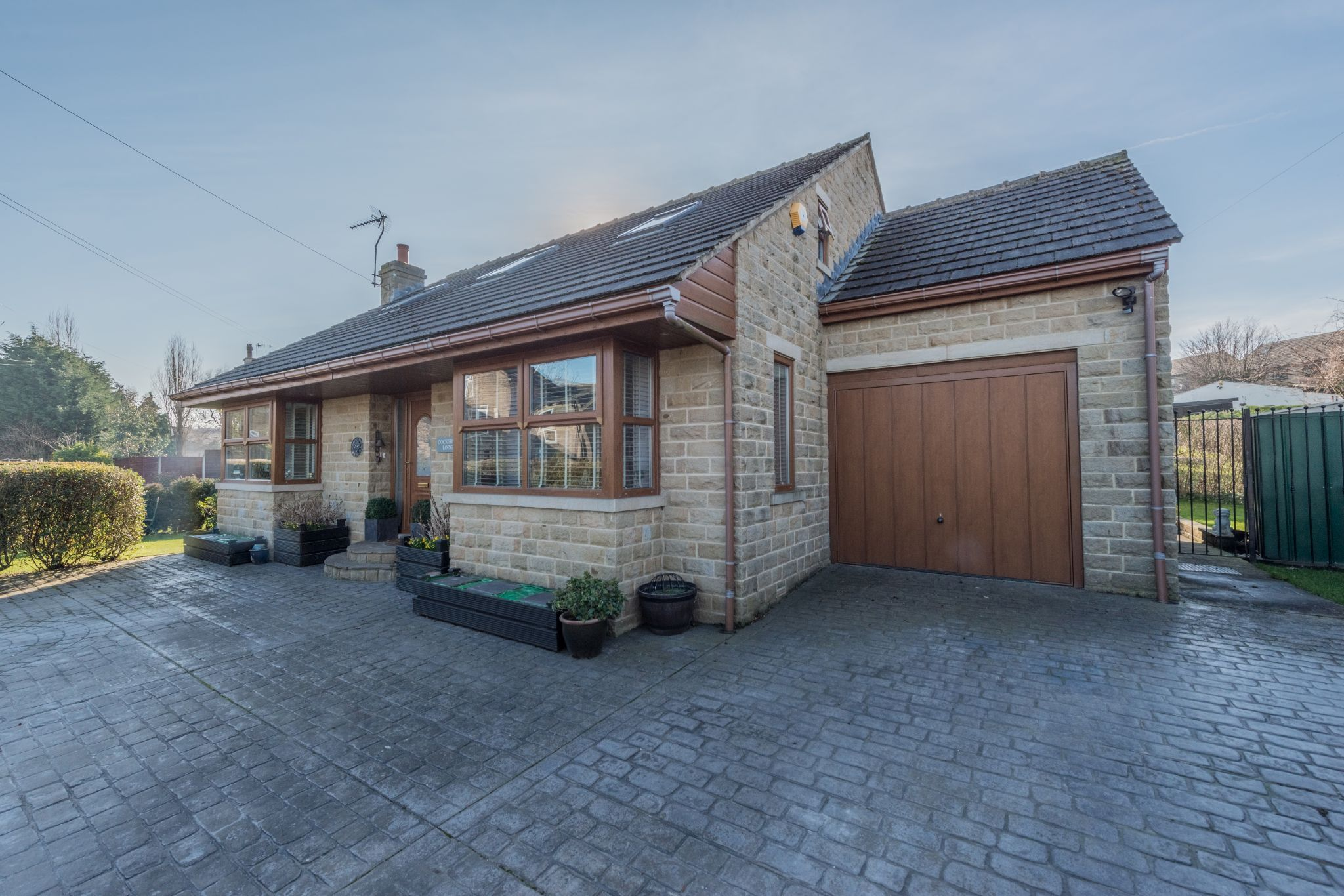 3 Bedroom Detached House For Sale - Photograph 33