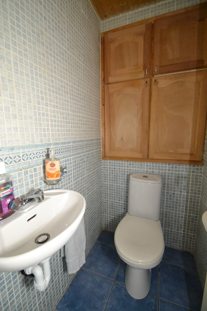 2 Bedroom Semi-detached House For Sale - Photograph 15