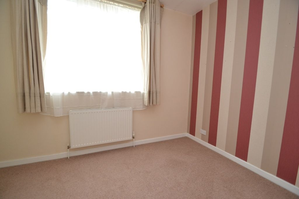4 Bedroom End Terraced House For Sale - Photograph 7