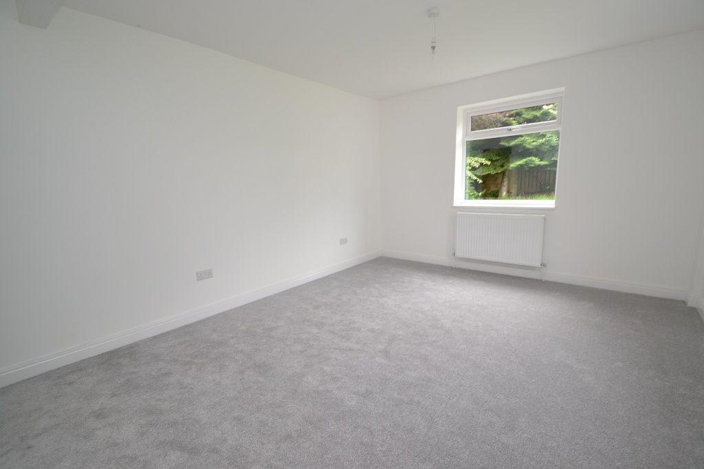 4 Bedroom Detached Bungalow For Sale - Photograph 8