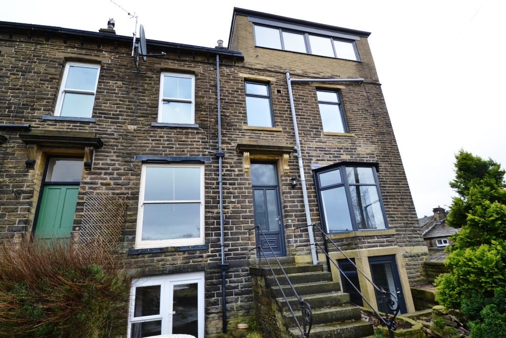 5 Bedroom End Terraced House For Sale - Photograph 20