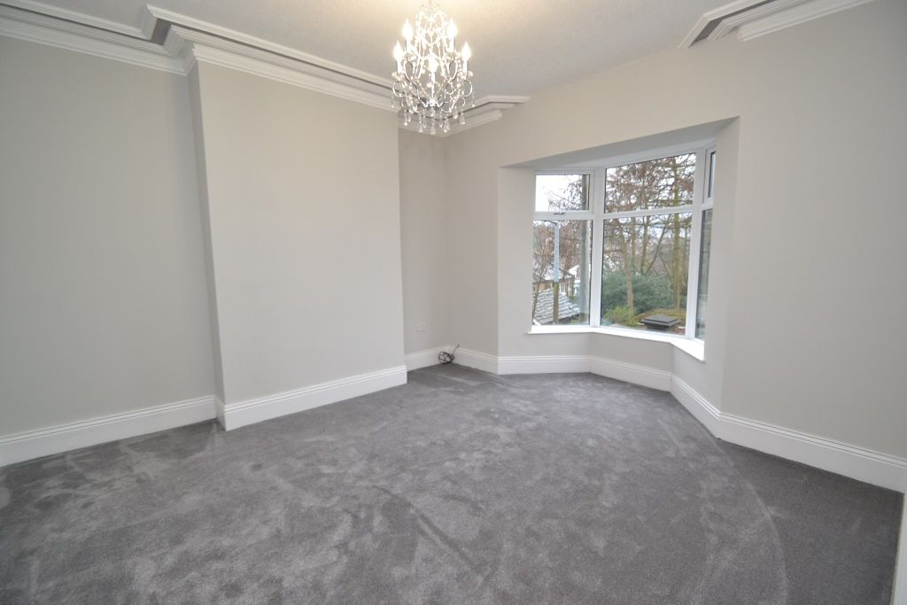 5 Bedroom End Terraced House For Sale - Photograph 2