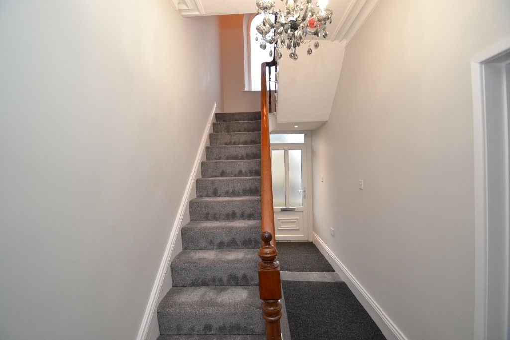 5 Bedroom End Terraced House For Sale - Photograph 5