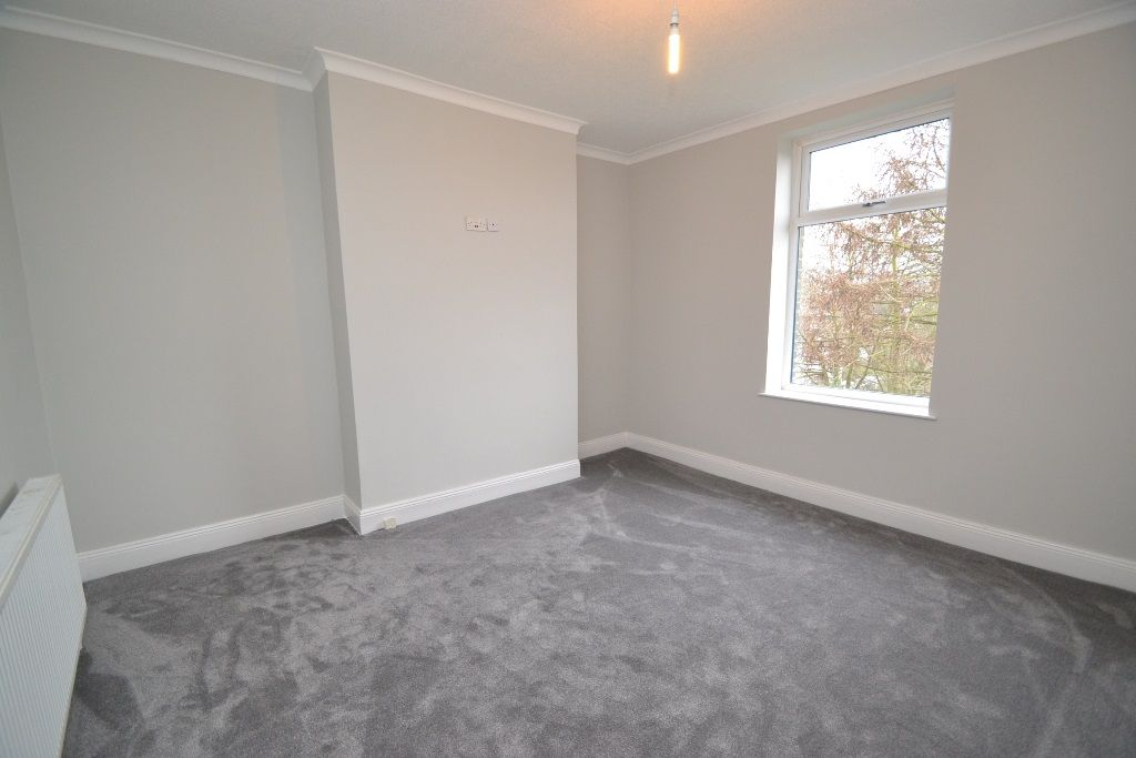 5 Bedroom End Terraced House For Sale - Photograph 7