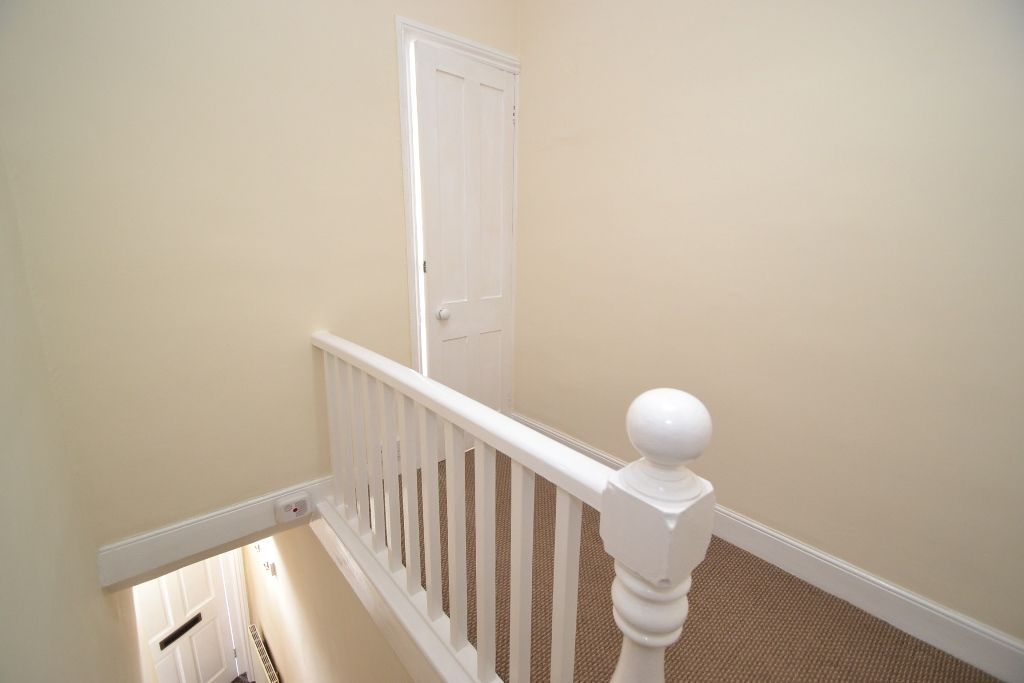 2 Bed Mid Terraced House For Sale - Photograph 9