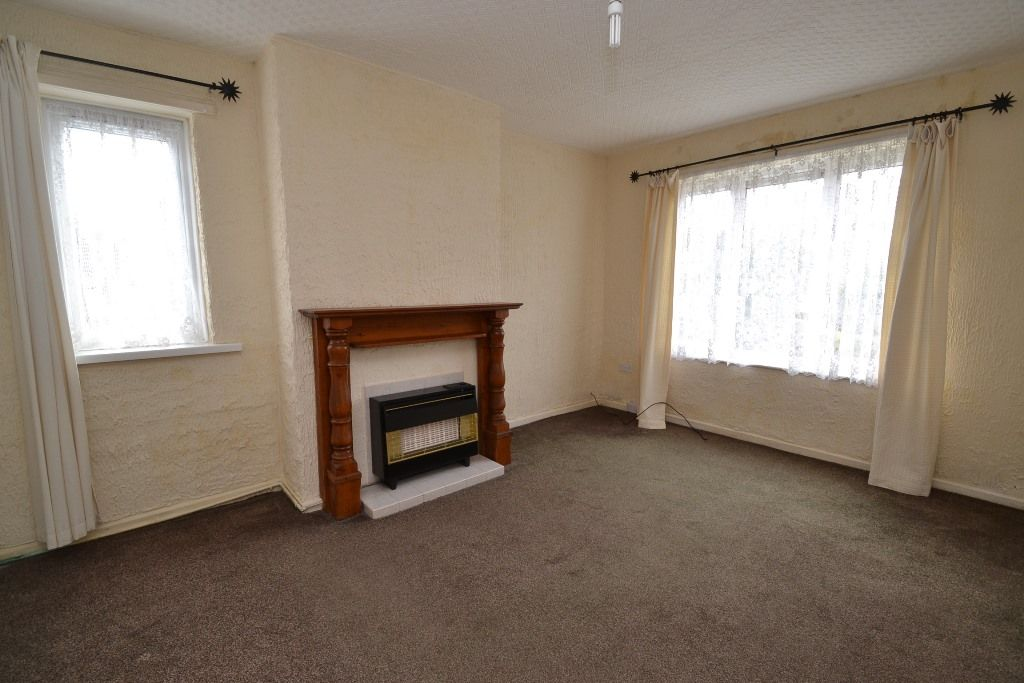 1 Bedroom Ground Floor Maisonette Flat/apartment For Sale - Photograph 4