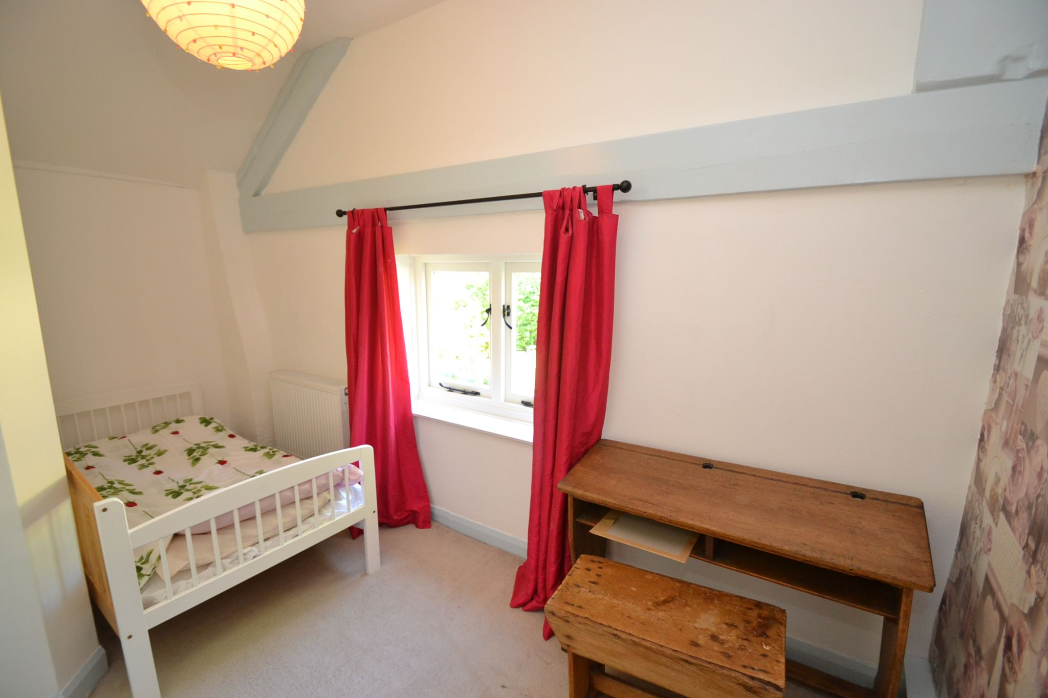 2 Bedroom Cottage House For Sale - Photograph 10