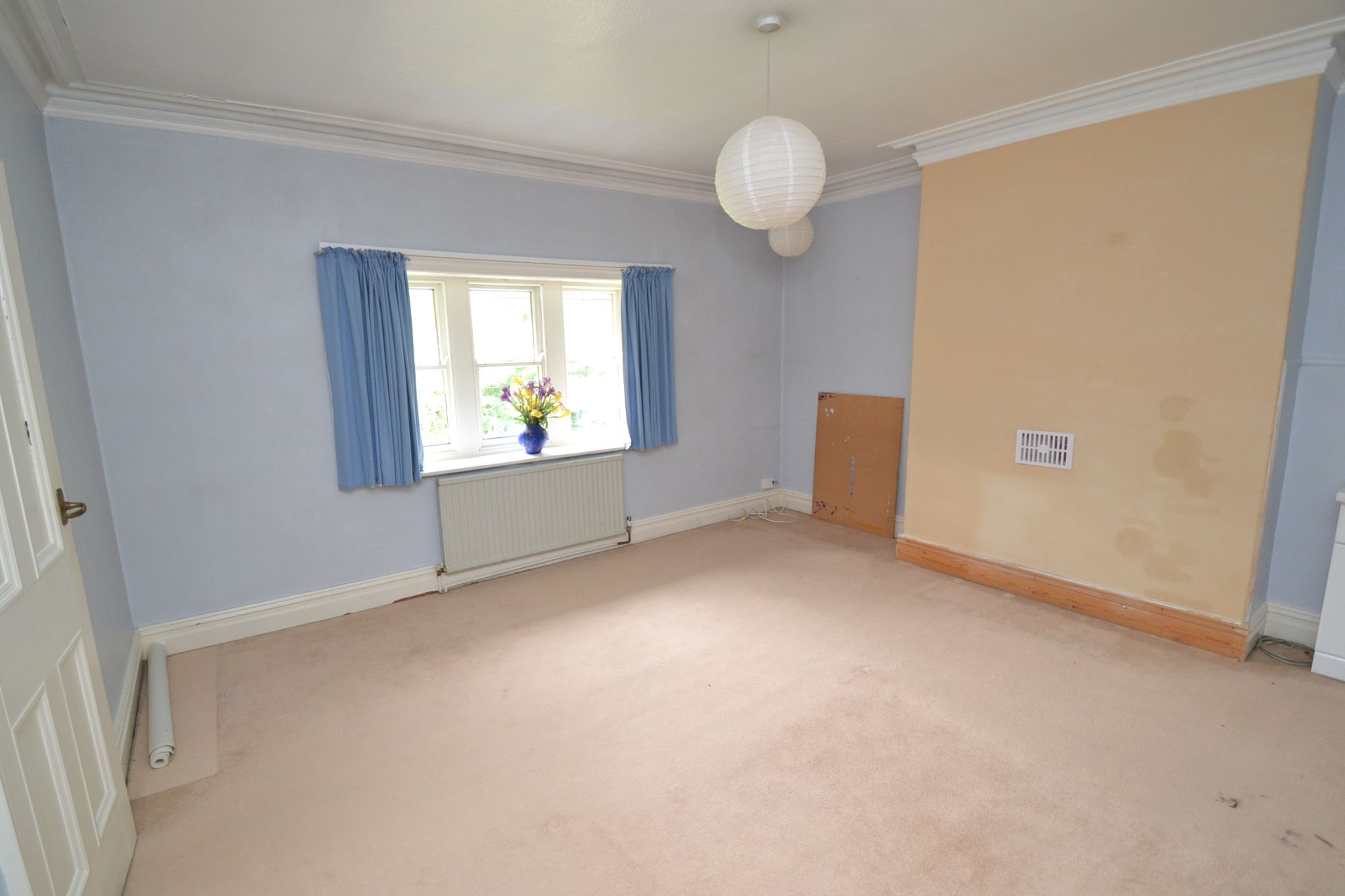 6 Bedroom Semi-detached House For Sale - Photograph 18