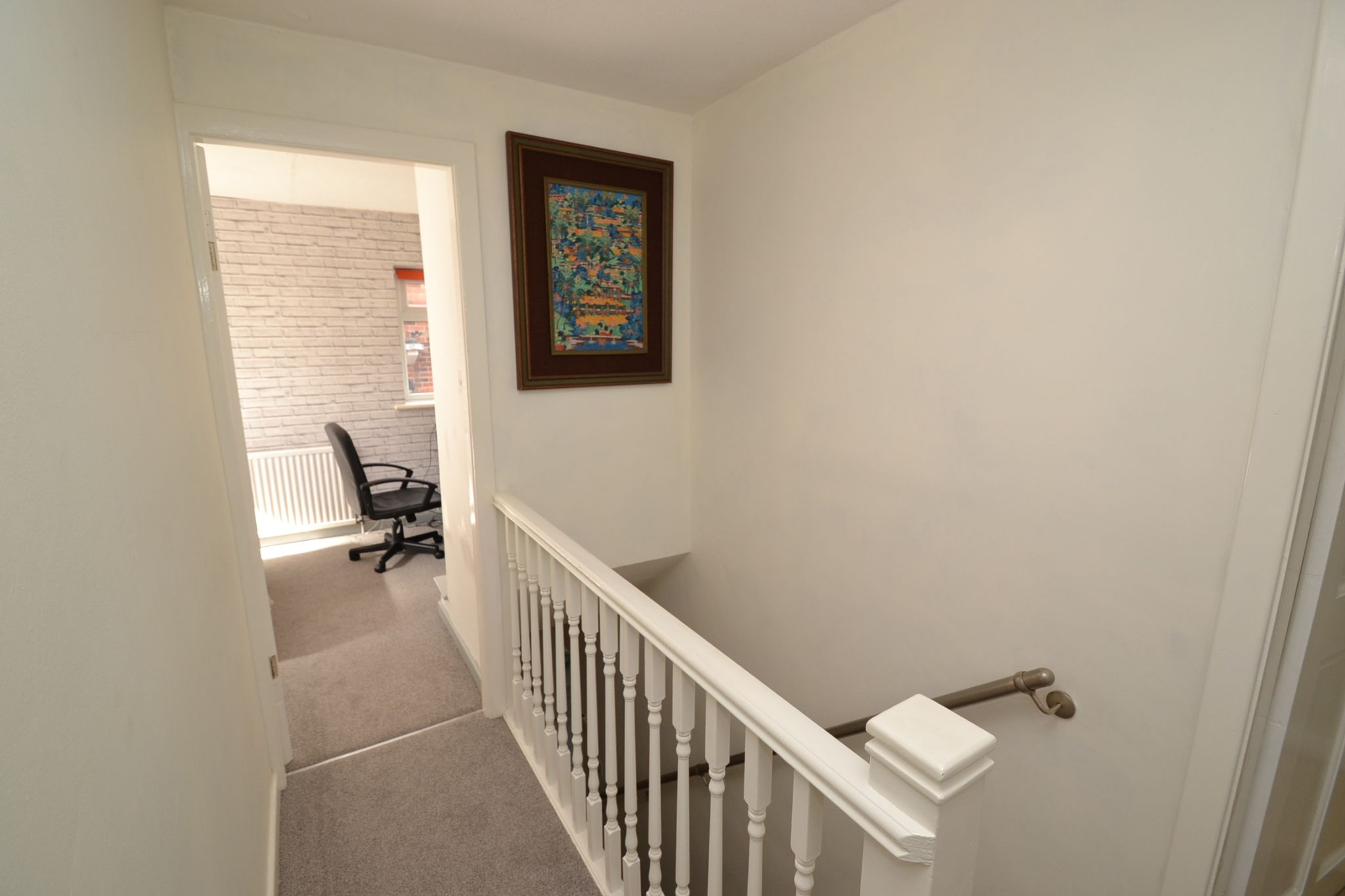 3 Bedroom Semi-detached Dormer House For Sale - Photograph 12
