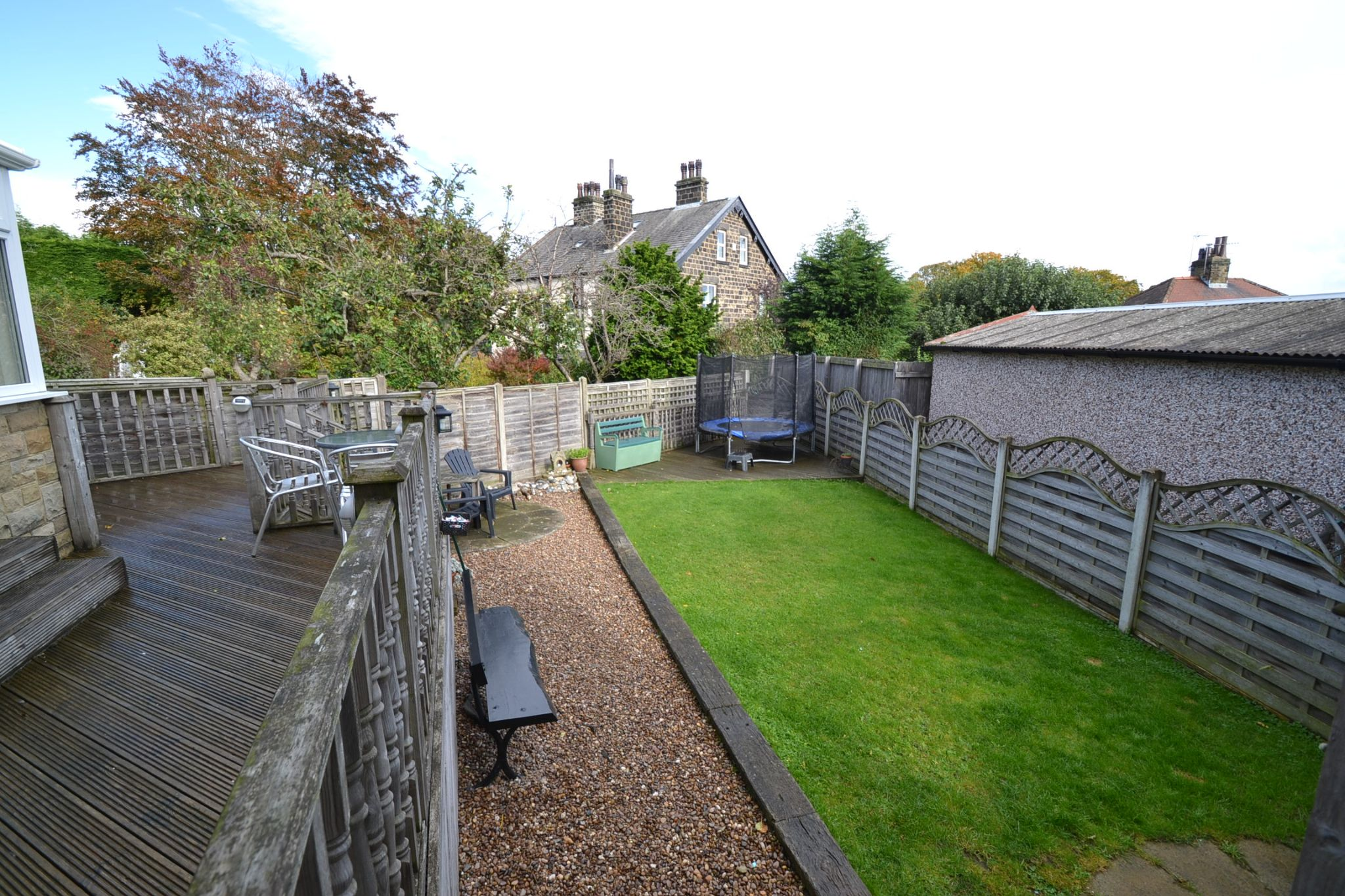 4 Bedroom Semi-detached House For Sale - Photograph 21