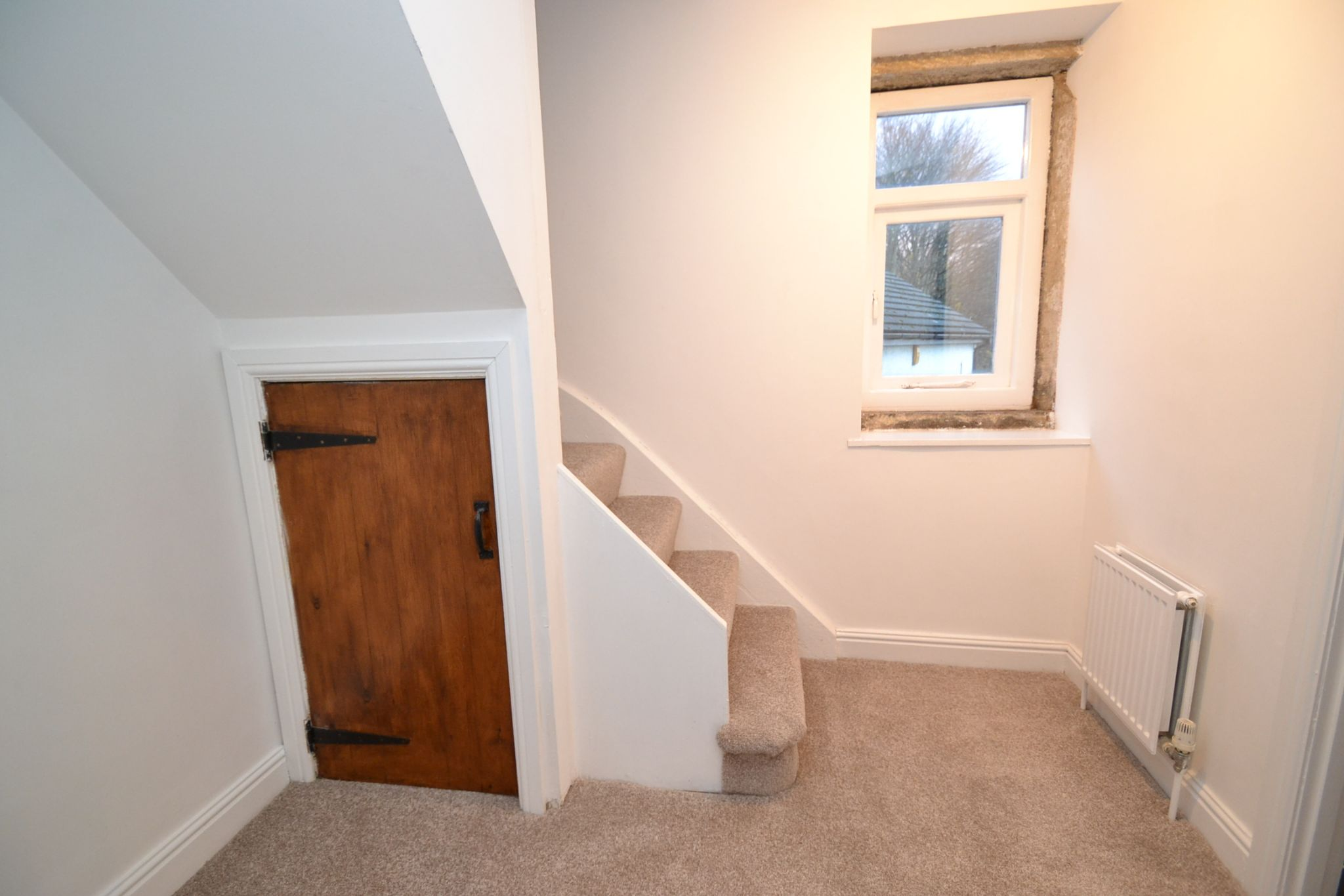 3 Bedroom End Terraced House For Sale - Photograph 5