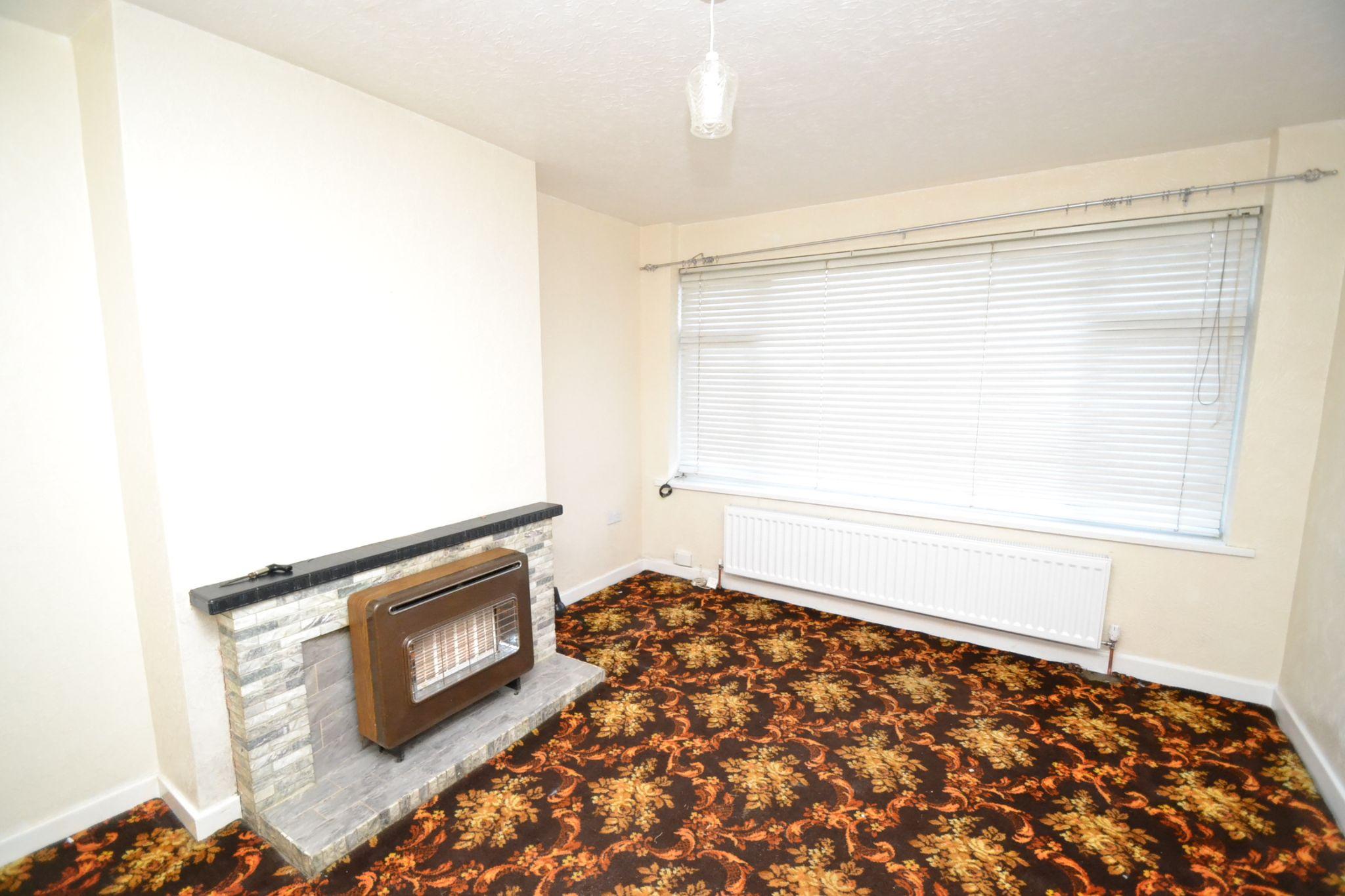 3 Bedroom Semi-detached Bungalow For Sale - Photograph 2