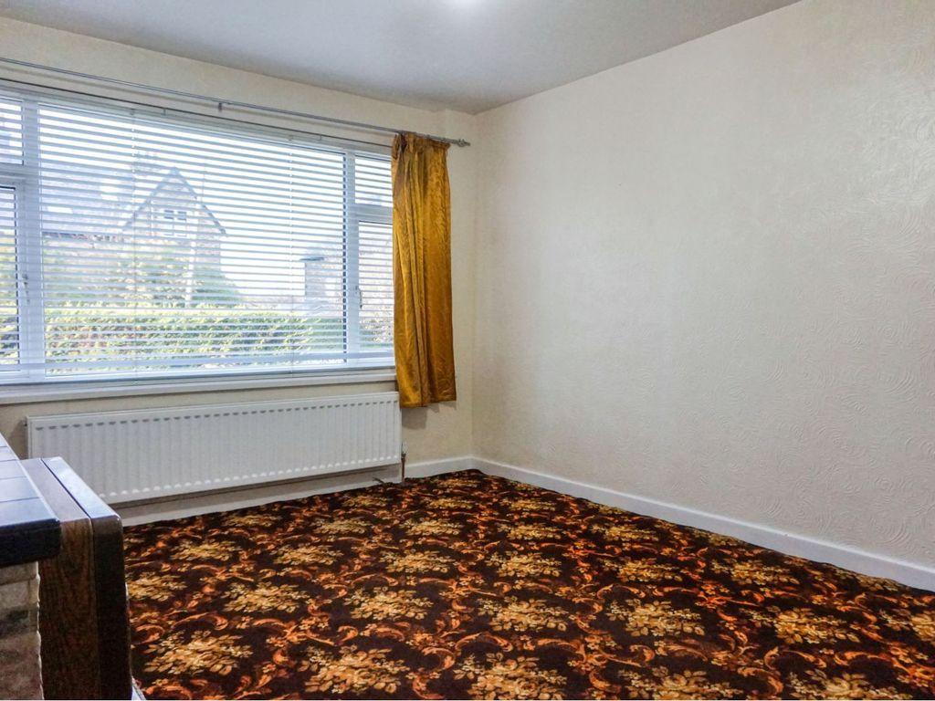 3 Bedroom Semi-detached Bungalow For Sale - Photograph 3