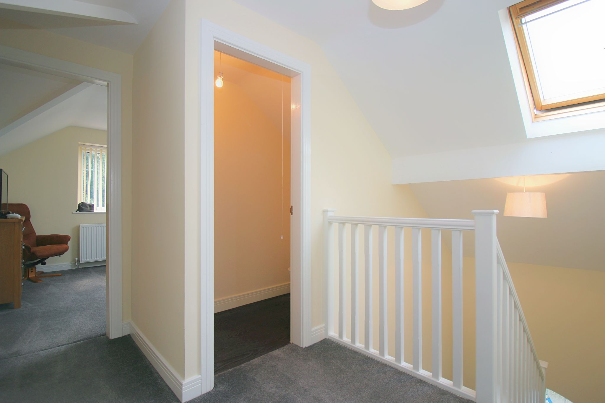 6 Bedroom Detached House For Sale - Photograph 39
