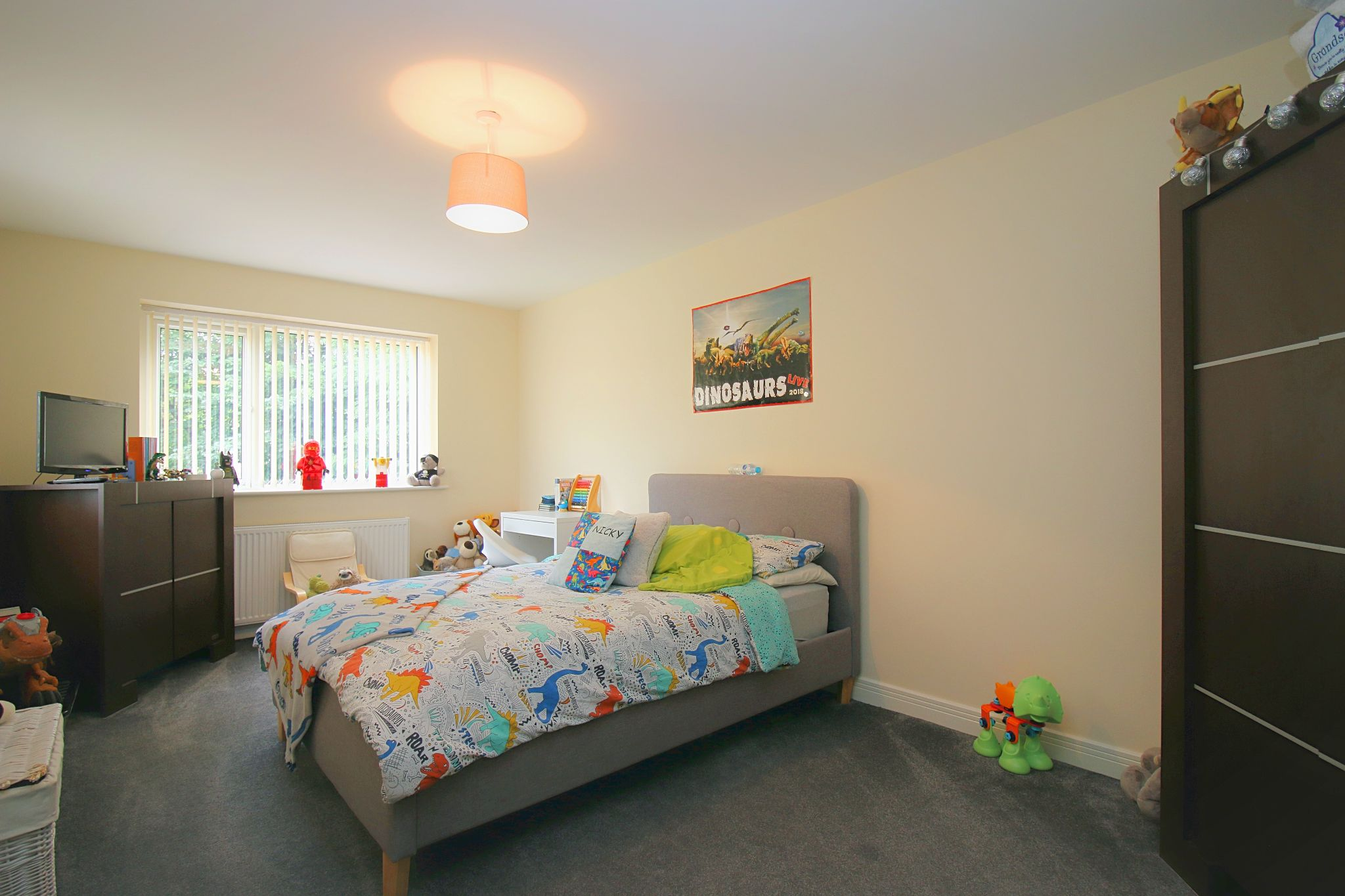 6 Bedroom Detached House For Sale - Photograph 22