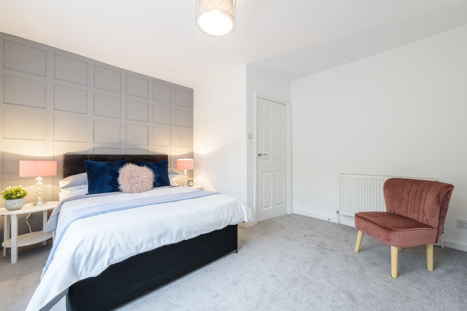 2 Bedroom Mid Terraced House For Sale - Photograph 19