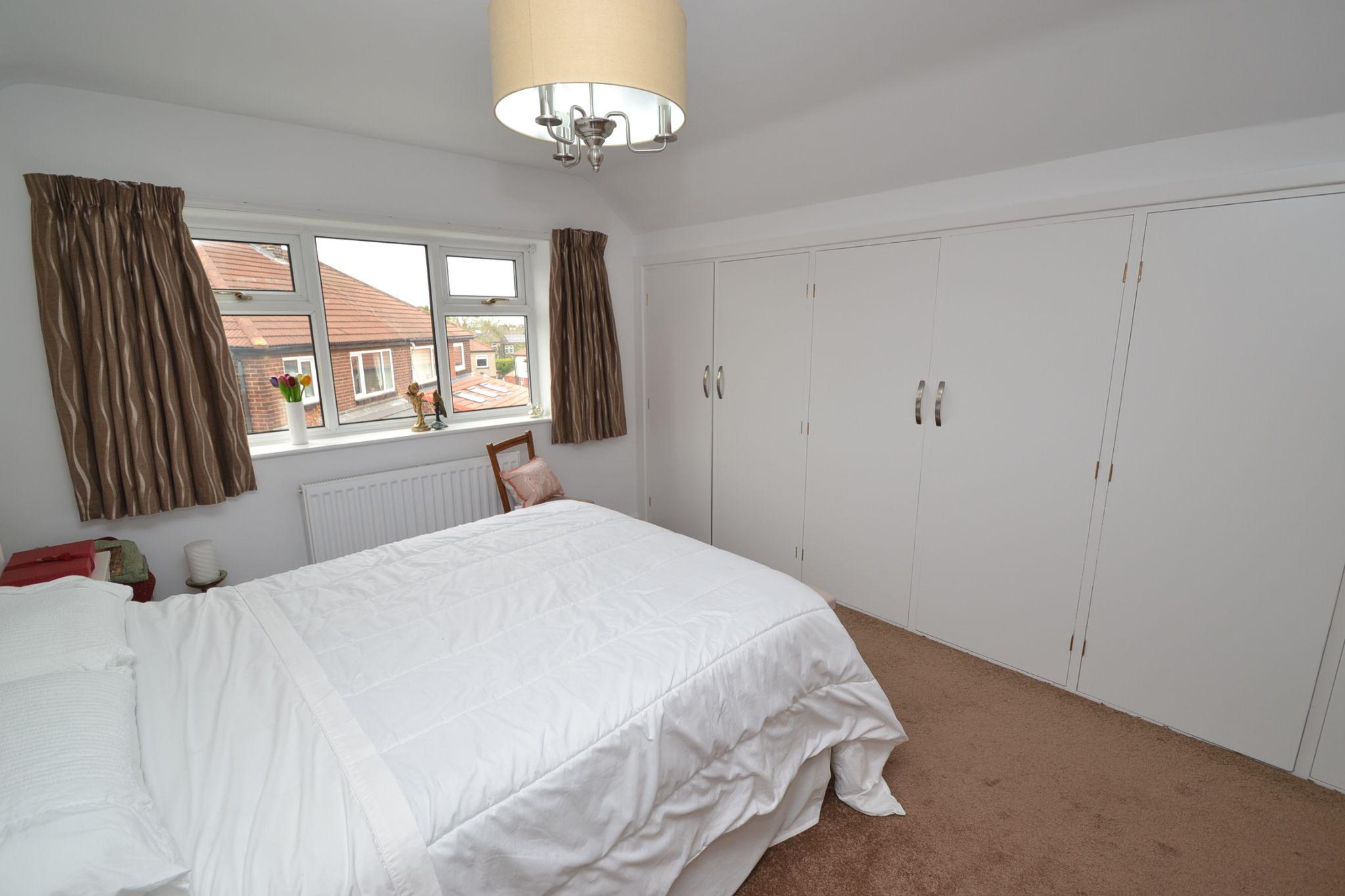 2 Bedroom Semi-detached Dormer House For Sale - Photograph 18
