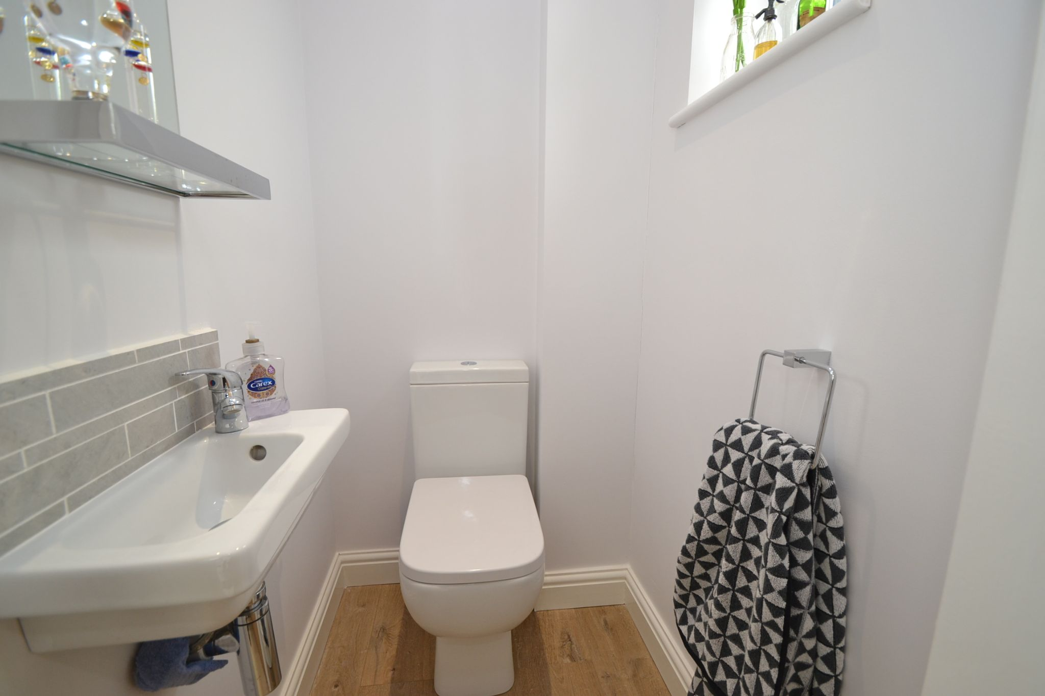 2 Bedroom Semi-detached Dormer House For Sale - Photograph 12