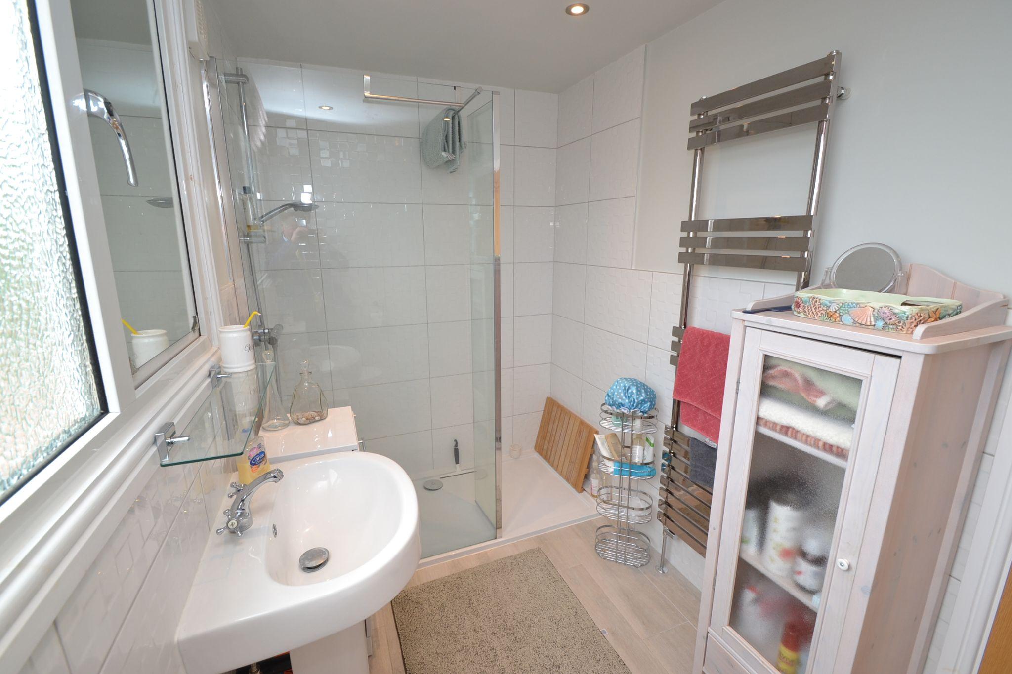 2 Bedroom Semi-detached Dormer House For Sale - Photograph 14