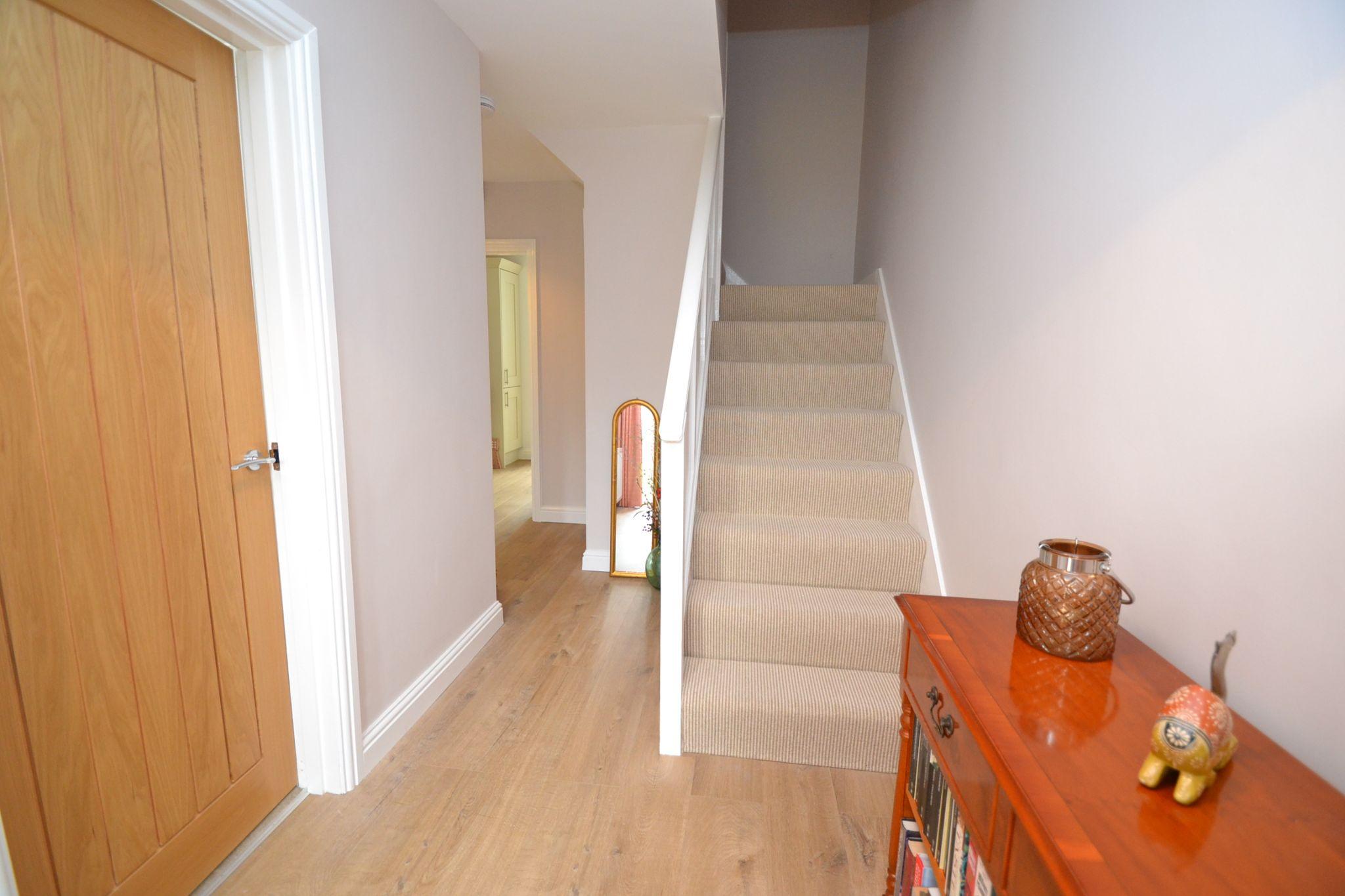 2 Bedroom Semi-detached Dormer House For Sale - Photograph 6