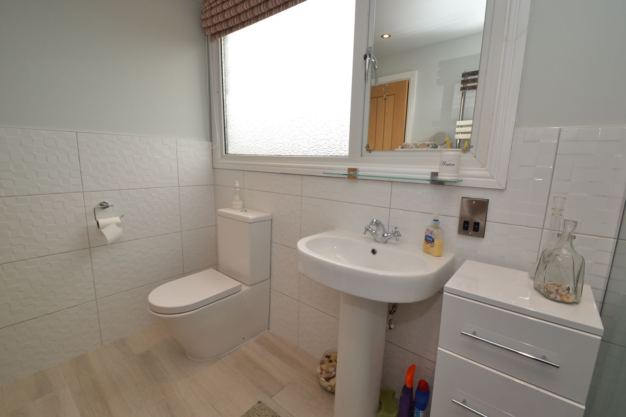 2 Bedroom Semi-detached Dormer House For Sale - Photograph 15