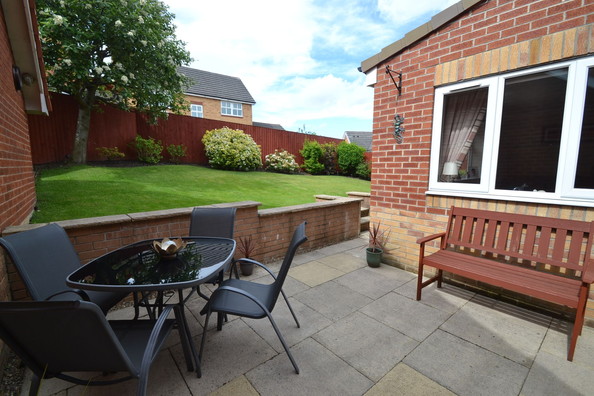 3 Bedroom Detached House For Sale - Photograph 24