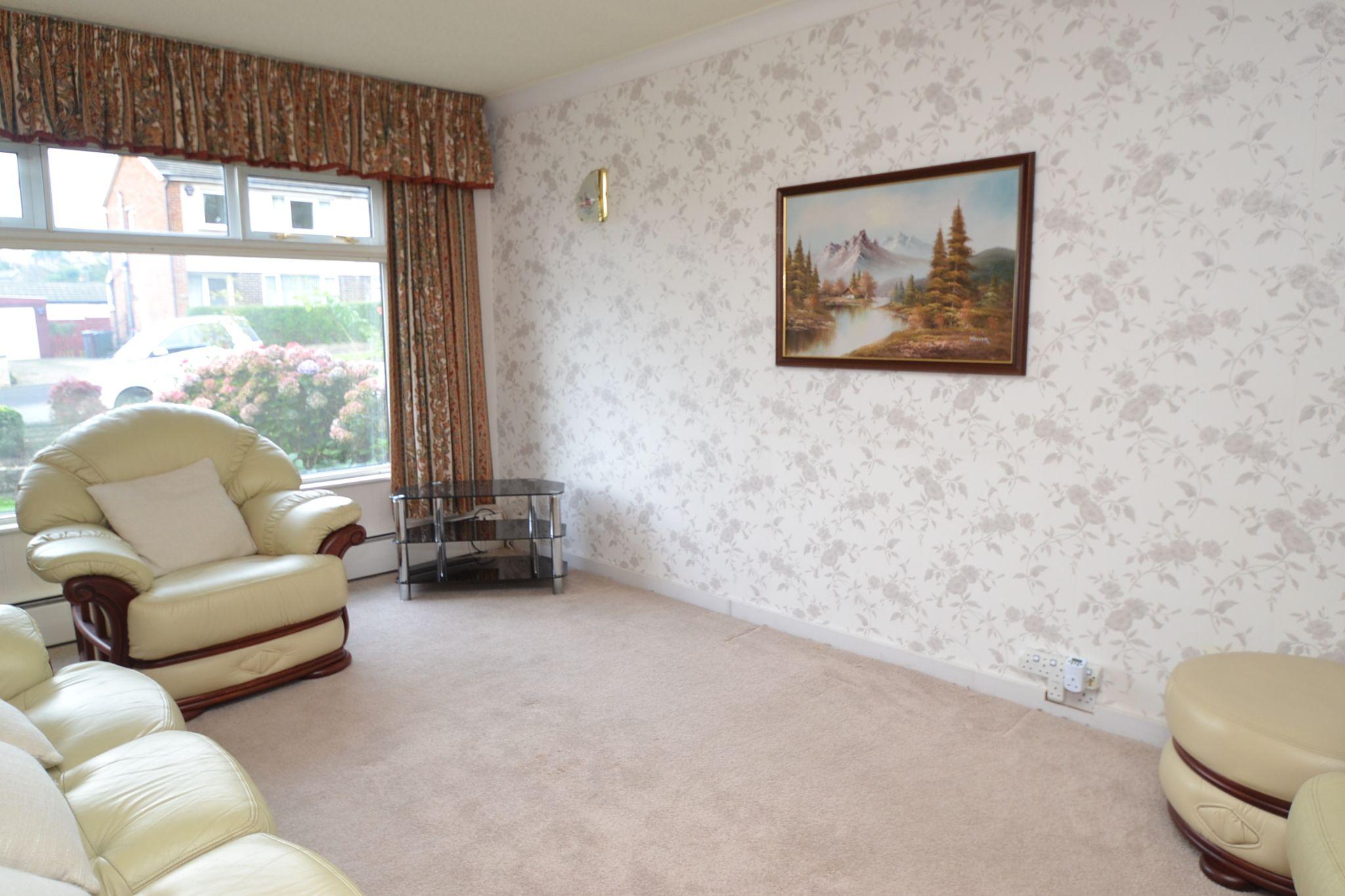3 Bedroom Semi-detached Dormer House For Sale - Photograph 2